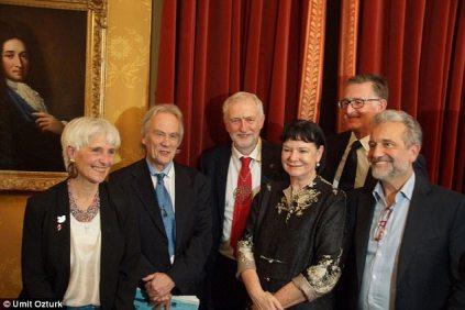4759DE5B00000578-0-Jeremy_Corbyn_centre_picks_up_the_Sean_MacBride_Peace_Prize_with-a-2_1513329982061