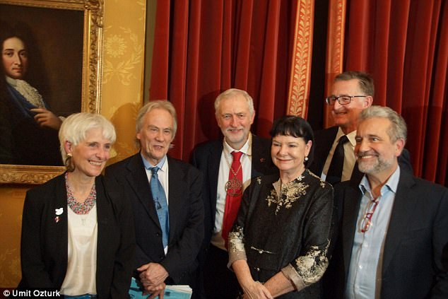 4759DE5B00000578-0-Jeremy_Corbyn_centre_picks_up_the_Sean_MacBride_Peace_Prize_with-a-2_1513329982061